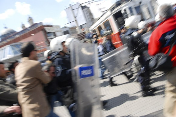 Istanbul: there's a (mini) riot going on